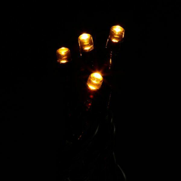 Instalatie 120 LED-uri, cablu verde, lumina calda