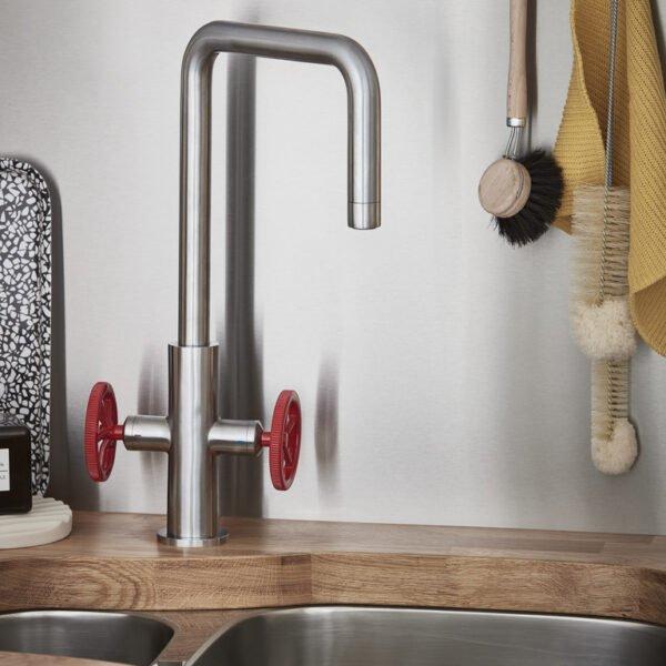 Baterie bucatarie GoodHome Kamut, 2 robineti, efect din otel inoxidabil, furtune de prindere preinstalate